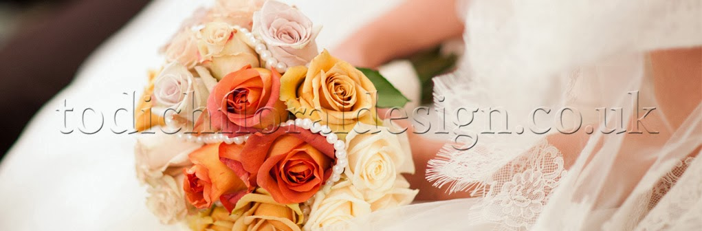 Rose wedding boquets. Wedding flowers London, 2014.