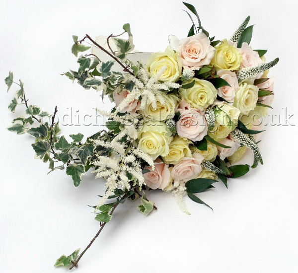 wedding bouquet for rustic weddings, wedding flowers by top wedding florist uk