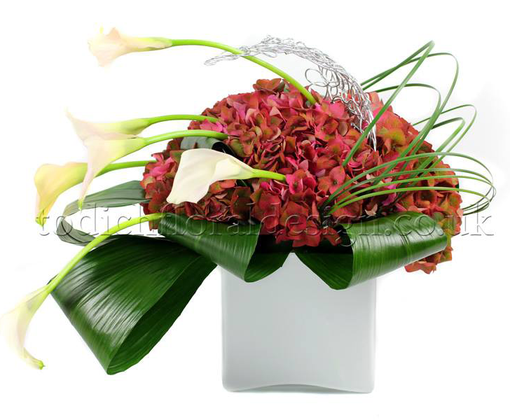 Autumn floral arrangements - Restaurant flowers and hotel flowers london UK by top event florist and corporate florist in London Todich Floral Design LTD