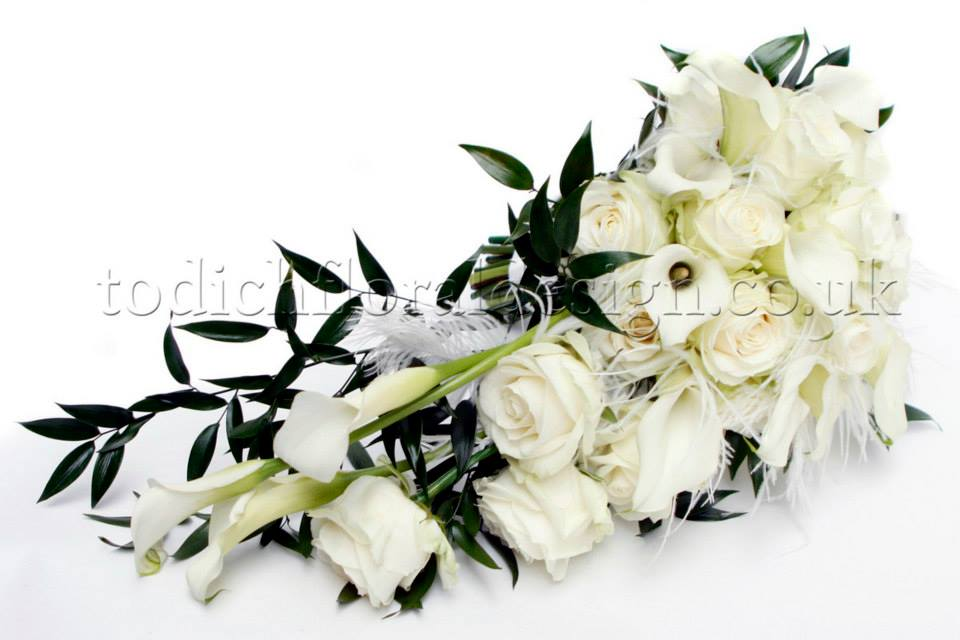 cascading wedding bouquets summer wedding bouquets