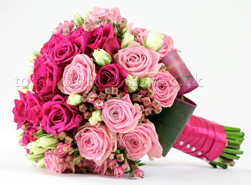 HR wedding bouquet - red roses bridal bouquet for London brides - pink wedding bouquet - wedding flower trends 2015