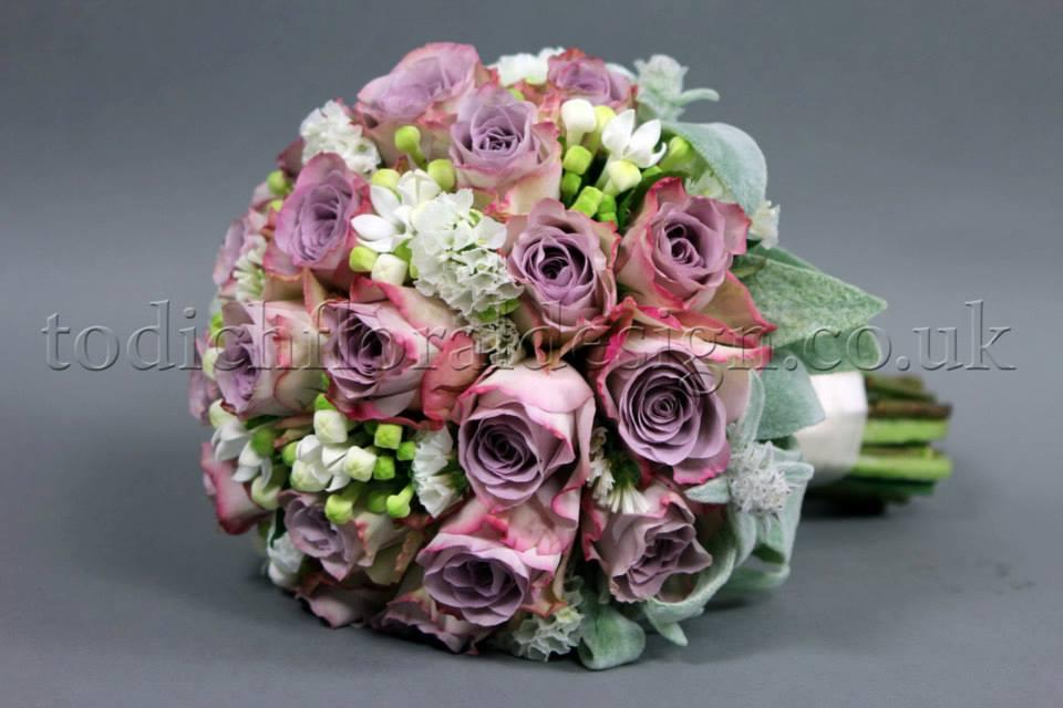 vintage-wedding-bouquets-london-wedding-florist