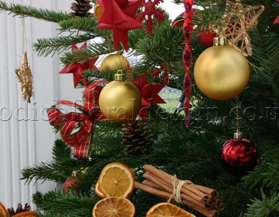 Decorated christmas trees london delivery real christmas trees