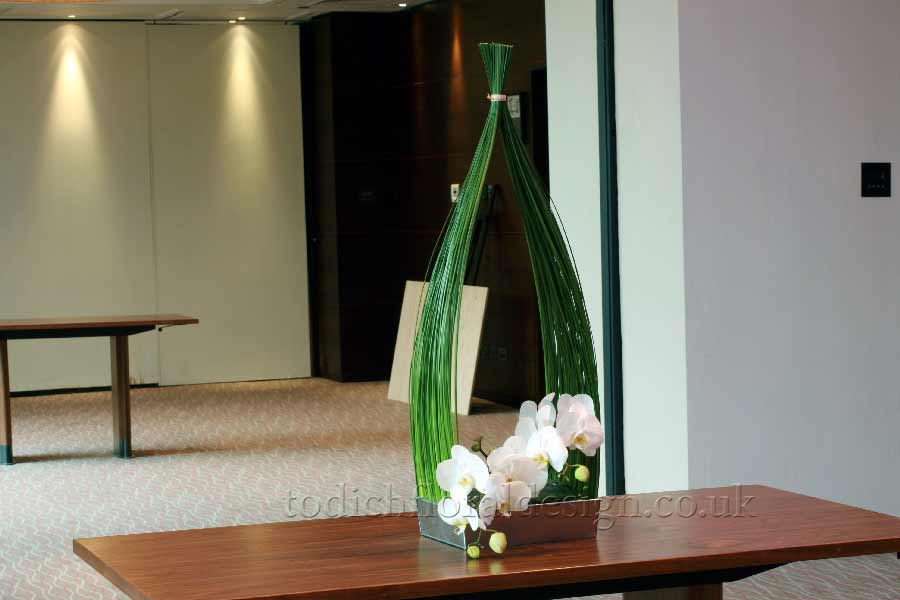 Office Flower Arrangements And Green Plant Displays Add A Whole New  Dimension To Your Corporate Enviroment. Find Out How Office Flowers And  Plants For Your ...