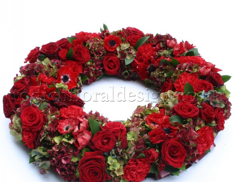 Christmas garlands event flowers by an award winning florist Designer christmas wreaths uk